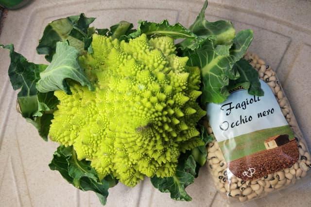 Broccolo e fagioli alla curcuma by LKF